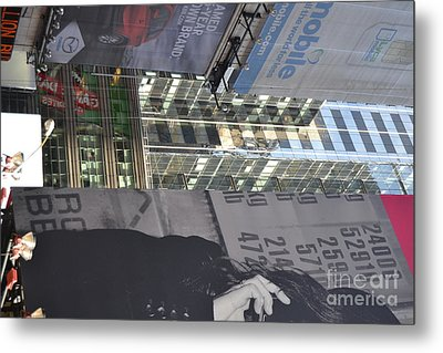 New York City Iv Metal Print by Robert Daniels