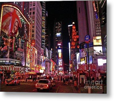 New York New York Metal Print by Angela Wright