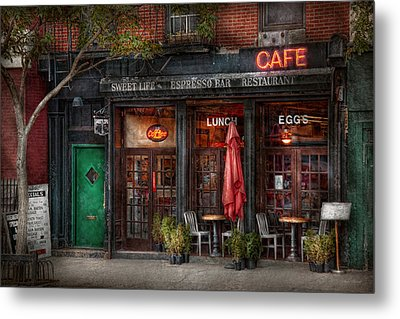 New York - Store - Greenwich Village - Sweet Life Cafe Metal Print by Mike Savad