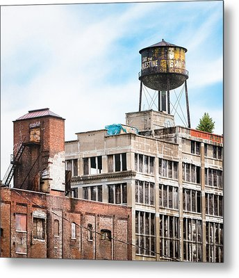 New York Water Towers 18 - Greenpoint Water Tower Metal Print by Gary Heller