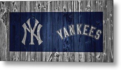 New York Yankees Barn Door Metal Print by Dan Sproul