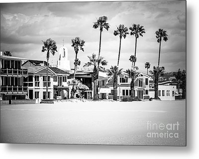Newport Beach Oceanfront Homes Black And White Picture Metal Print by Paul Velgos