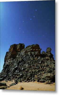 Night Sky Over The Sahara Desert Metal Print by Babak Tafreshi