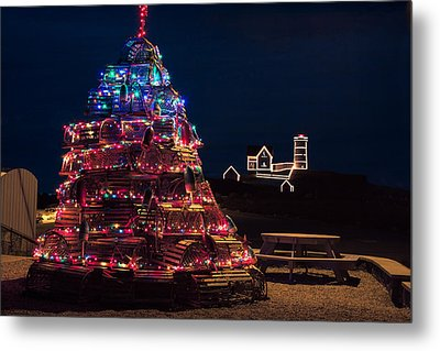 Nubble Lighthouse And Lobster Pot Tree Metal Print by Jeff Folger