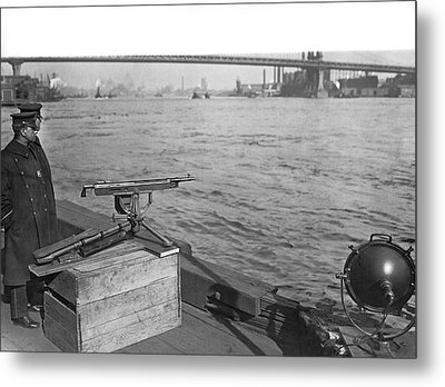 Nyc Prohibition Police Boat Metal Print by Underwood Archives