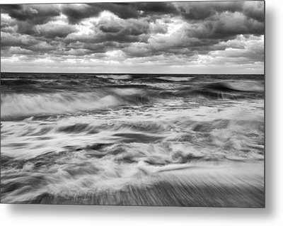 Ocean In Flux Metal Print by Jon Glaser