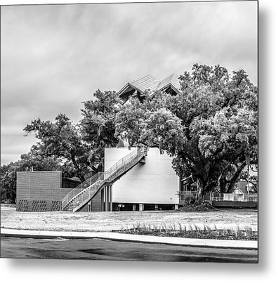 Ohr-o'keefe Museum Of Art-triptych Left Metal Print by Andy Crawford