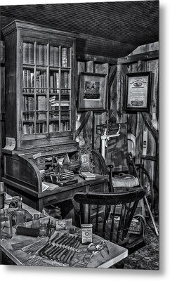 Old Fashioned Doctor's Office Bw Metal Print by Susan Candelario