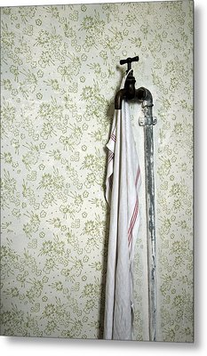 Old Fashioned Faucet And Flowery Wallpaper Metal Print by Matthias Hauser