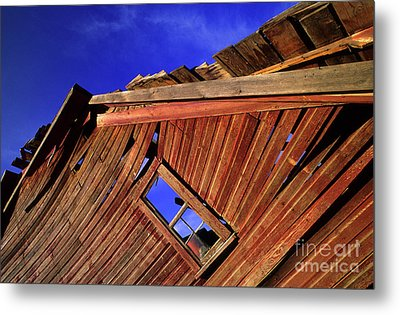 Old Red Barn Metal Print by Bob Christopher