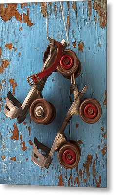 Old Roller Skates Metal Print by Garry Gay
