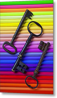 Old Skeleton Keys On Rows Of Colored Pencils Metal Print by Garry Gay