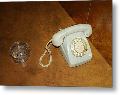 Old Telephone And Ashtray On Brown Table Metal Print by Matthias Hauser