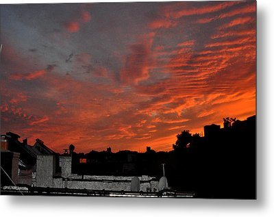 Orange Sky From Brooklyn Roof Metal Print by Diane Lent
