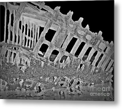 Peter Iredale In Reverse Bw 7 Metal Print by Chalet Roome-Rigdon