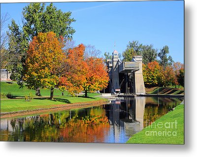 Peterborough Lift Lock Metal Print by Charline Xia