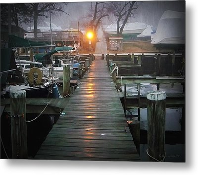 Pier Light Metal Print by Brian Wallace