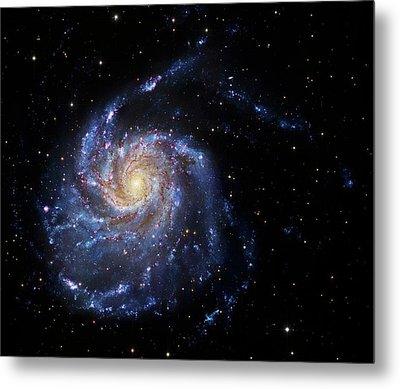 Pinwheel Galaxy Metal Print by Robert Gendler