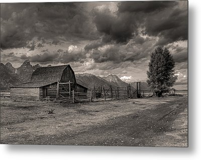 Pioneer Barn D9369 Metal Print by Wes and Dotty Weber