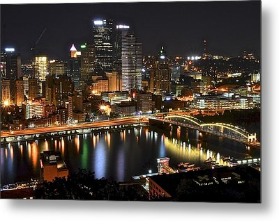 Pittsburgh Pa Metal Print by Frozen in Time Fine Art Photography
