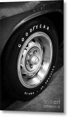 Plymouth Cuda Rallye Wheel Metal Print by Paul Velgos