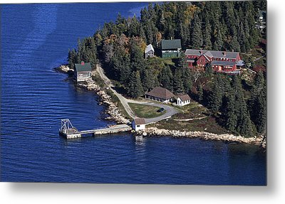 Point Lookout, At The Isle Of Haut Metal Print by Dave Cleaveland