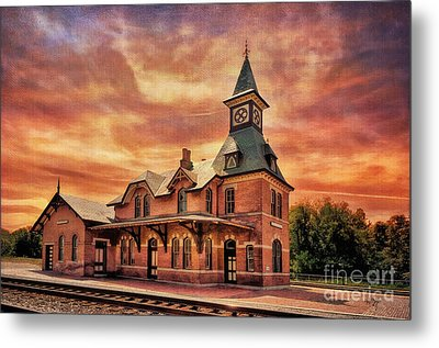 Point Of Rocks Train Station  Metal Print by Lois Bryan