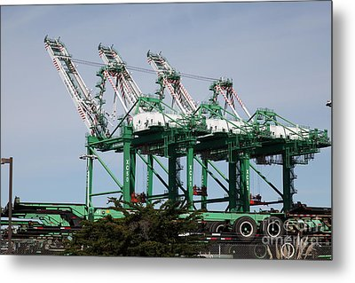 Port Of Oakland 5d22265 Metal Print by Wingsdomain Art and Photography