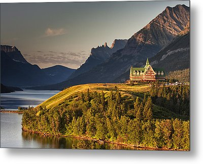 Prince Of Wales Sunrise Metal Print by Mark Kiver