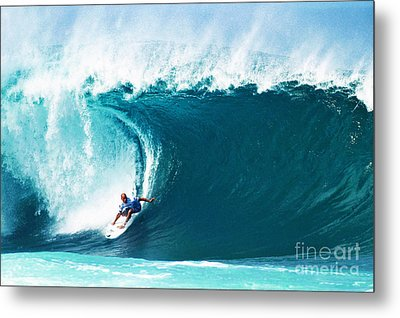 Pro Surfer Kelly Slater Surfing In The Pipeline Masters Contest Metal Print by Paul Topp