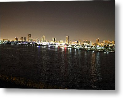 Queen Mary - 121229 Metal Print by DC Photographer