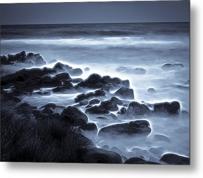 Raglan Beach Metal Print by motography aka Phil Clark