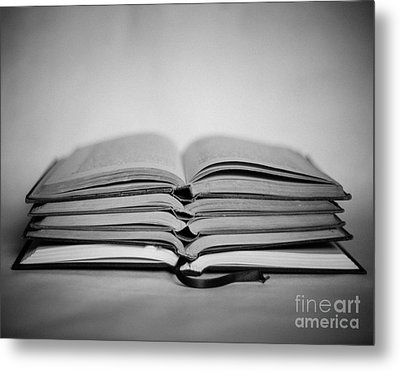 Reading Time Metal Print by Sonja Quintero