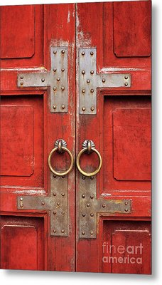 Red Doors 01 Metal Print by Rick Piper Photography