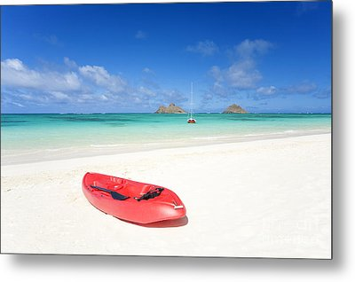 Red Kayak At Lanikai Metal Print by M Swiet Productions