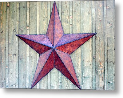 Red Rusted Star Metal Print by Holly Blunkall