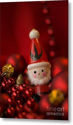 Red Santa Metal Print by Anne Gilbert