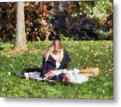 Relaxing In The Park Metal Print by Susan Savad