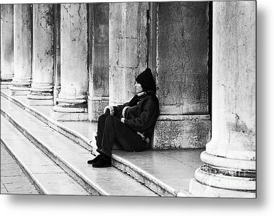 Resting At St. Mark's Square Metal Print by John Rizzuto