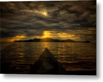Right Or Left Metal Print by Gary Smith