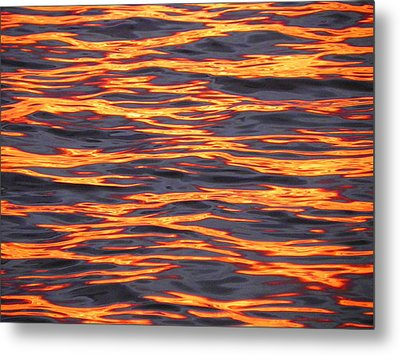 Ripple Affect Metal Print by Karen Wiles