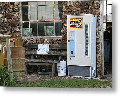 Route 66 Sinclair Gas Station Metal Print by Frank Romeo