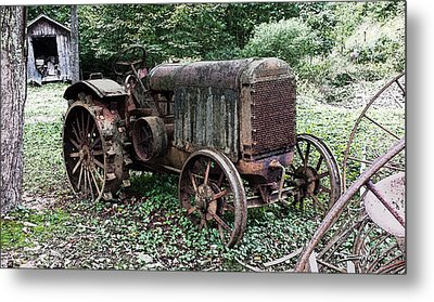 Rusted Mc Cormick-deering Tractor And Shed Metal Print by Michael Spano