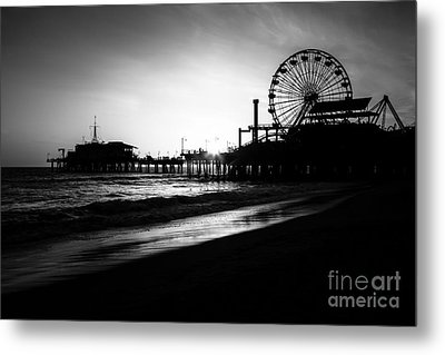 Santa Monica Pier In Black And White Metal Print by Paul Velgos