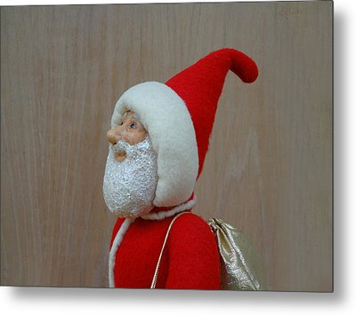 Santa Sr. - Keeping The Faith Metal Print by David Wiles
