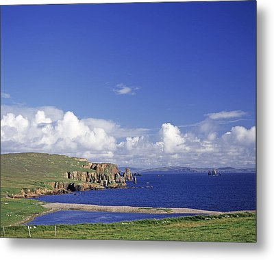 Scotland Shetland Islands Eshaness Cliffs Metal Print by Anonymous