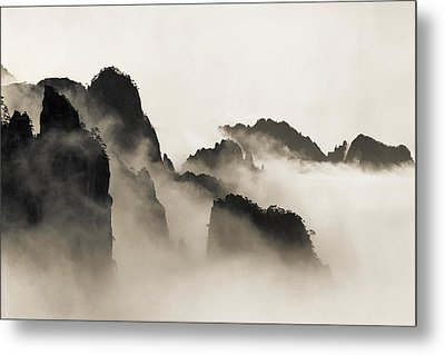 Sea Of Clouds Metal Print by King Wu
