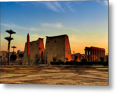 Seeking The Ancient Ruins Of Thebes In Luxor Metal Print by Mark E Tisdale