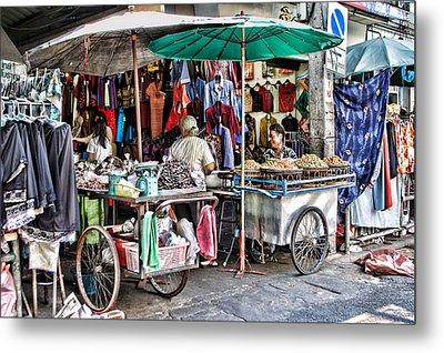 Shop With Carts Metal Print by Linda Phelps