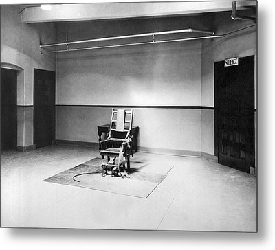 Sing Sing Electric Chair Metal Print by Underwood Archives